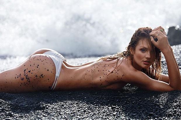 Модели на пляже видео