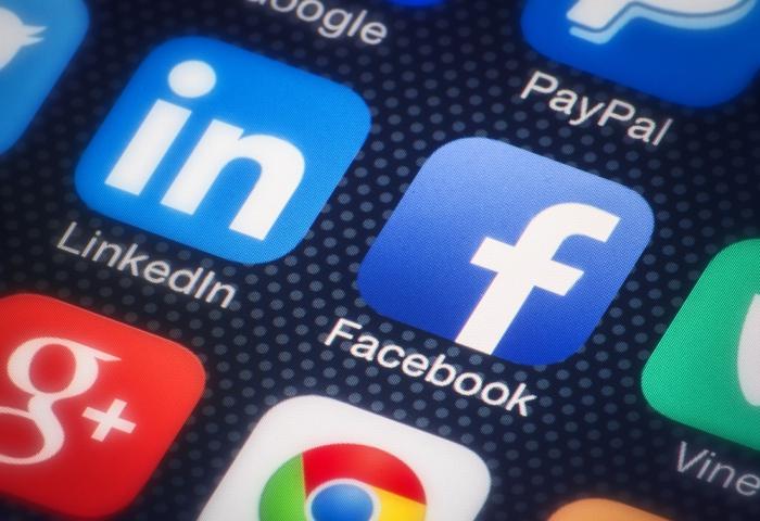 Марк Цукерберг проверит социальная сеть Facebook нацензуру