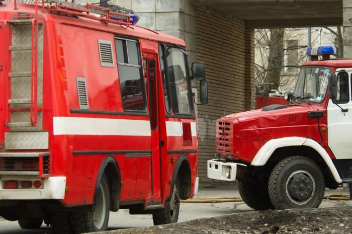 Пожарным искорой разрешат «таранить» машины