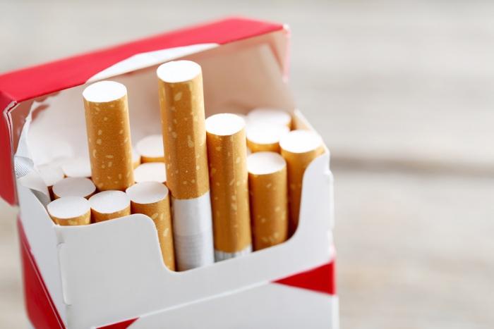 ВОбщественной палате разошлись вомнениях оминимальной стоимости пачки сигарет