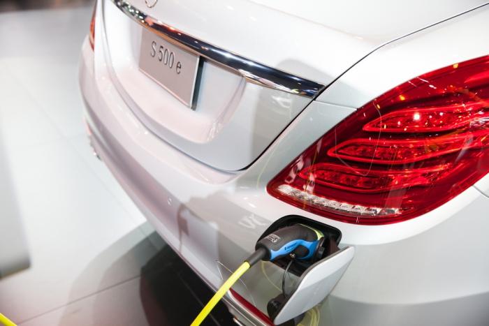 Европейские автоконцерны начнут выпуск батарей для электромобилей