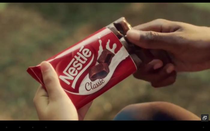 Карусель жизни в рекламе Nestle