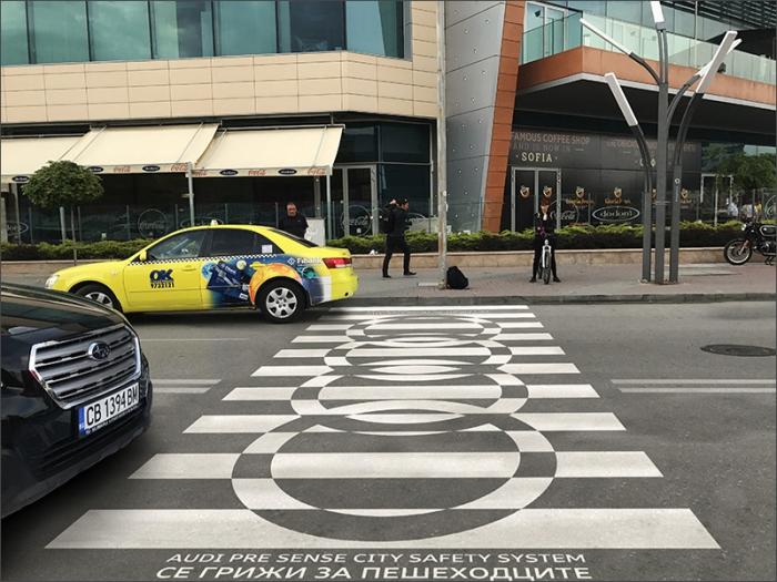 Кейс: как «зебра» продвигает систему безопасности Audi на дорогах Европы