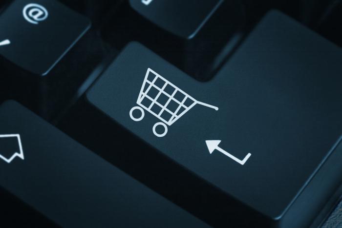 Жители России растрачивают наонлайн-шопинг практически десятую часть времени всети — Исследование
