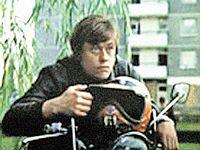 Вид мчащегося на «Яве» Урри - Караченцова был лучшей рекламой для чешских мотоциклов.