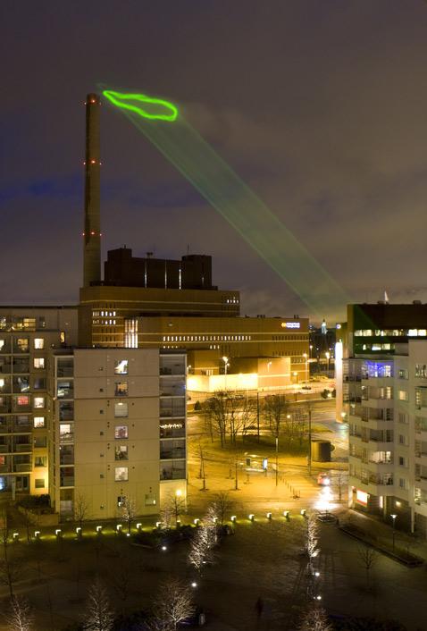 """Полное авторское описание проекта вы найдёте в этом <a  target=""""_blank"""" href=""""http://www.pixelache.ac/nuagevert/press/files/NV_description.pdf"""">PDF-документе</a>, 492 килобайта (фото Antti Ahonen/HeHe)."""