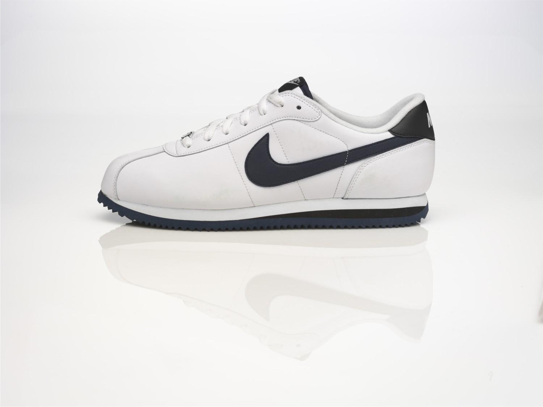 competitive price baff9 6268e Nike представил новую модель Nike Cortez