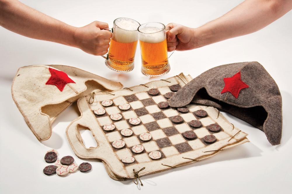 ...может стать стильный кейс или дипломат, оригинальная сумка для ноутбука.