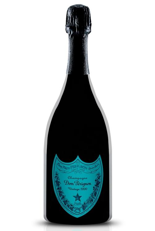 Бутылки шампанского на 8 марта
