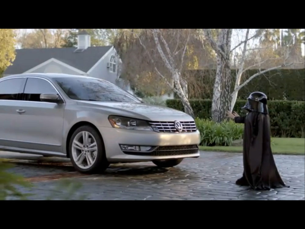 an analysis of a commercial advertisement for volkswagen passat A father steps out of the car for a few minutes tempting his two young sons to trick his wife via the app-connect feature in their new volkswagen passat the oldest son reaches over the center console and commands the app to text mom.