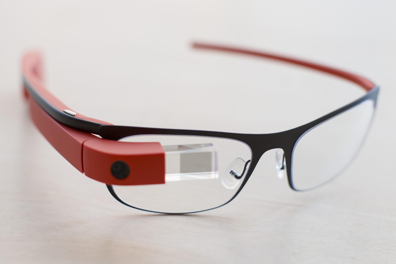 Intel встроится в Google Glass
