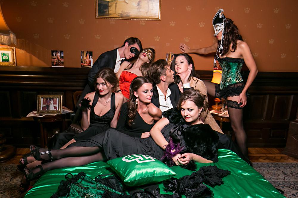 Свингерская вечеринка студенты, порно групповое порно смотреть